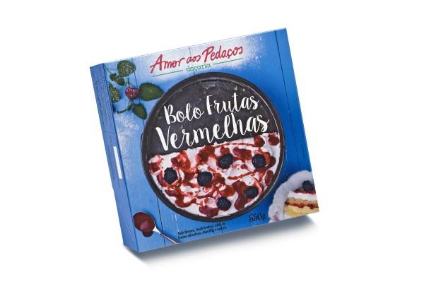 BOLO FRUTAS VERMELHAS (600 x 399)
