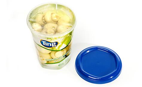 Pote hexagonal com tampa e selo plástico para conservas vegetais  Design: Duzo Design  Convertedor: AF Embalagens Plásticas / Gráfi ca Rami  Brand owner: Ting
