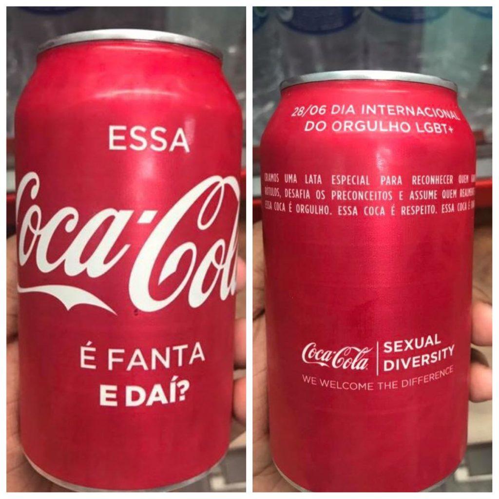 """No Brasil, a Coca-Cola, no dia do Orgulho LGBT, distribuiu para o seu público interno uma lata com os dizeres """"Essa Coca é Fanta"""", remetendo à famosa expressão homofóbica"""