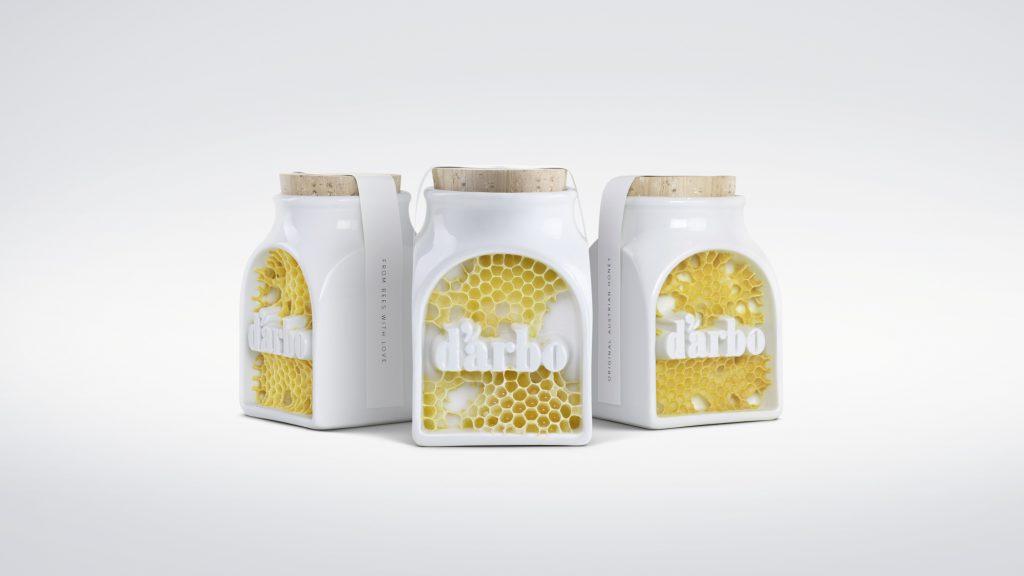 """A marca D'arbo é uma das poucas que mantém o mel das colmeias da Áustria inalterado durante todo o processo. Assim, o """"rótulo"""" foi feito pelas próprias abelhas"""