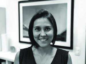 * Ana Carolina Senday atua há mais de 12 anos na área de supply chain, com passagem pela empresa de consultoria Accenture, conduzindo projetos junto a grandes fabricantes de bens de consumo e redes de varejo. Especialista em desenho de processos, trabalha atualmente na Blue Software, empresa que desenvolve ferramentas on-line para gestão de processos de embalagens
