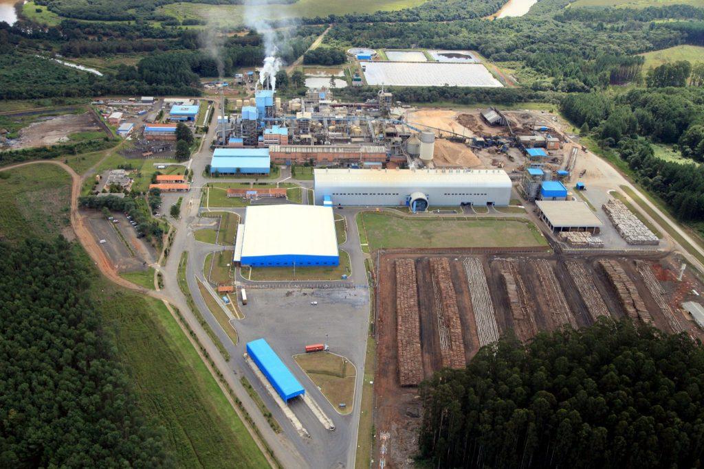 Vista aérea da fábrica de Três Barras